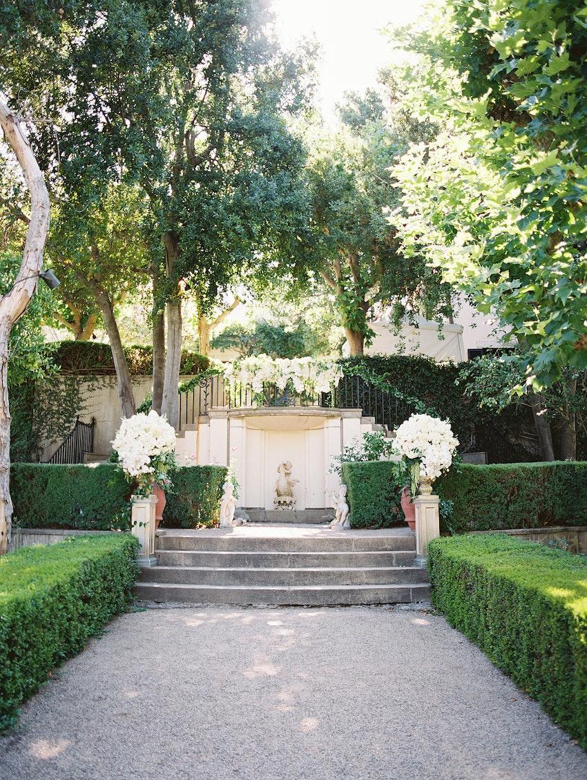 Ceremony site, lush greenery