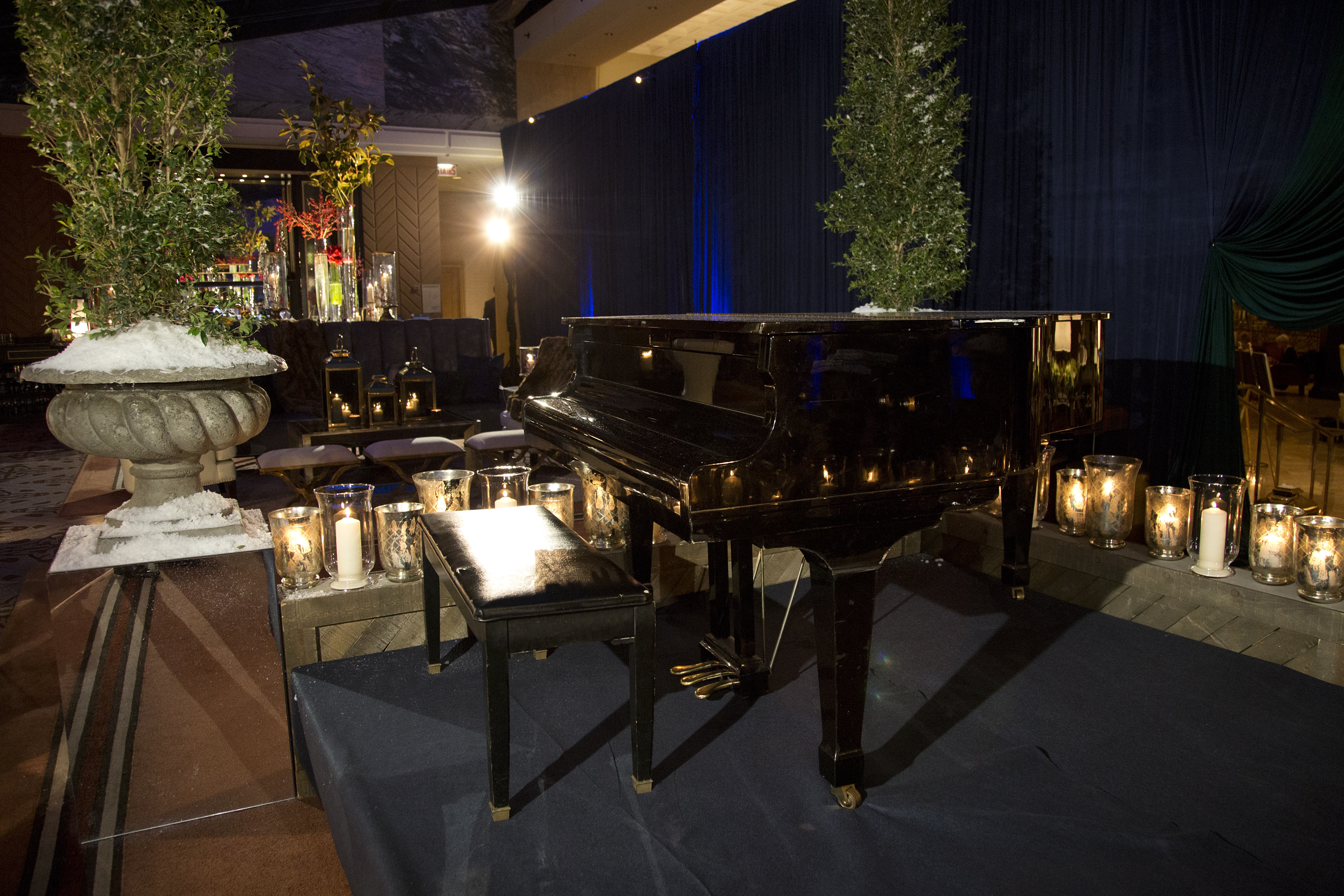 Chic Corporate Holiday Soiree - HMR Designs