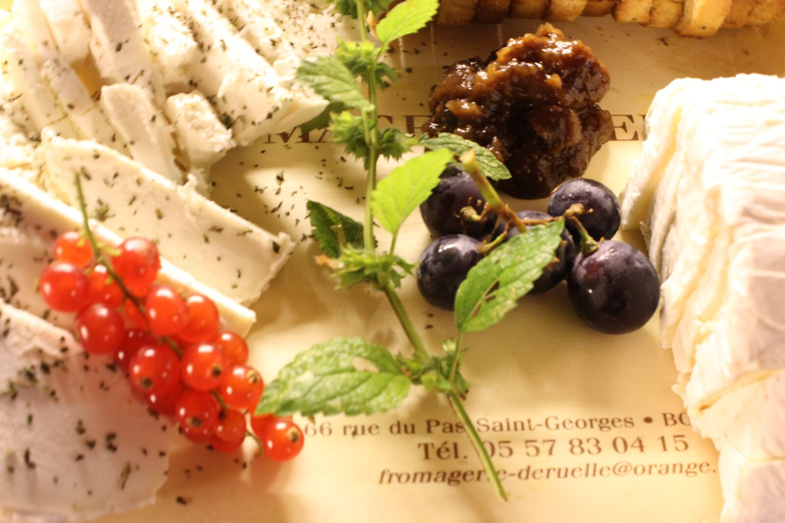 Grapes, Peppered Cheese, Onion Marmalade, Mint, Currants