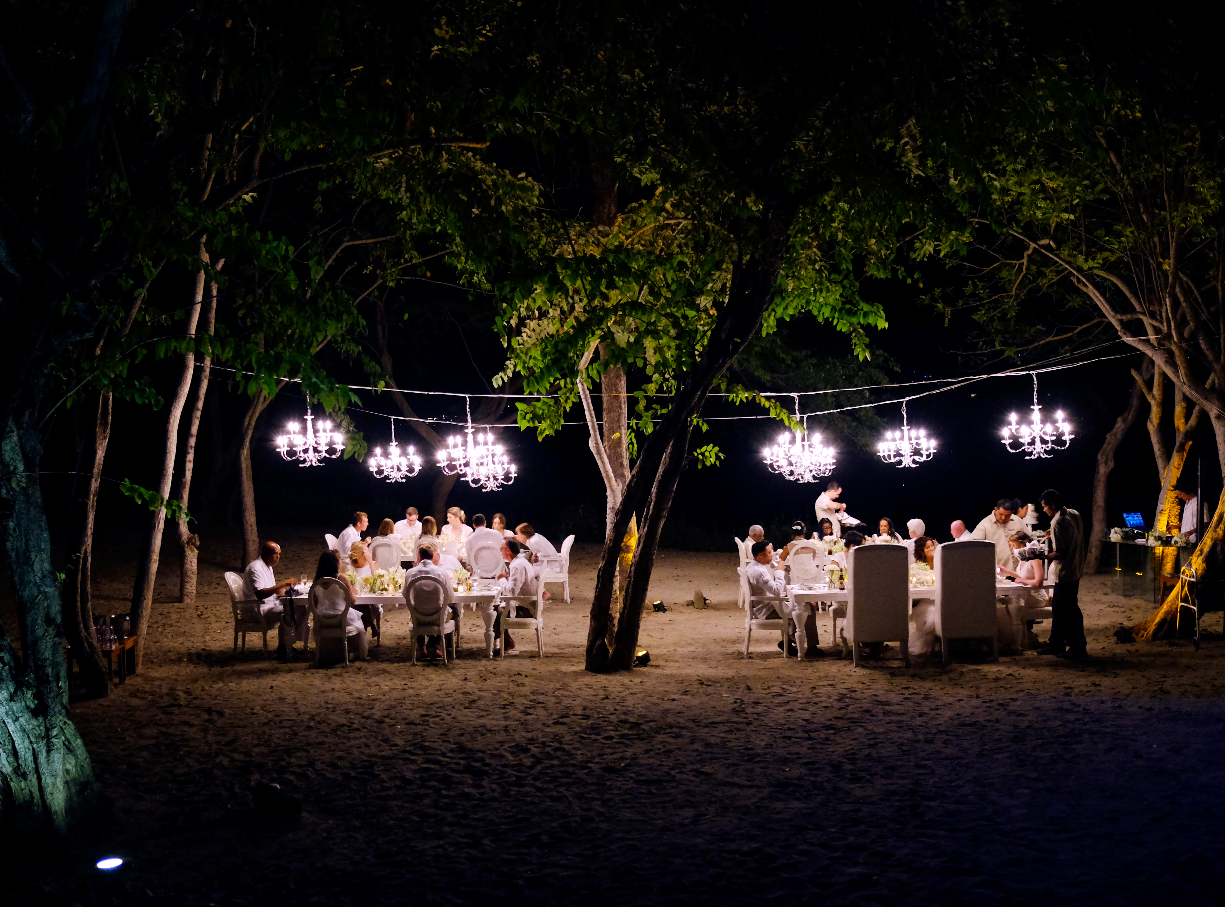 A Chic Beach Wedding in Costa Rica - Sue Kelson Events