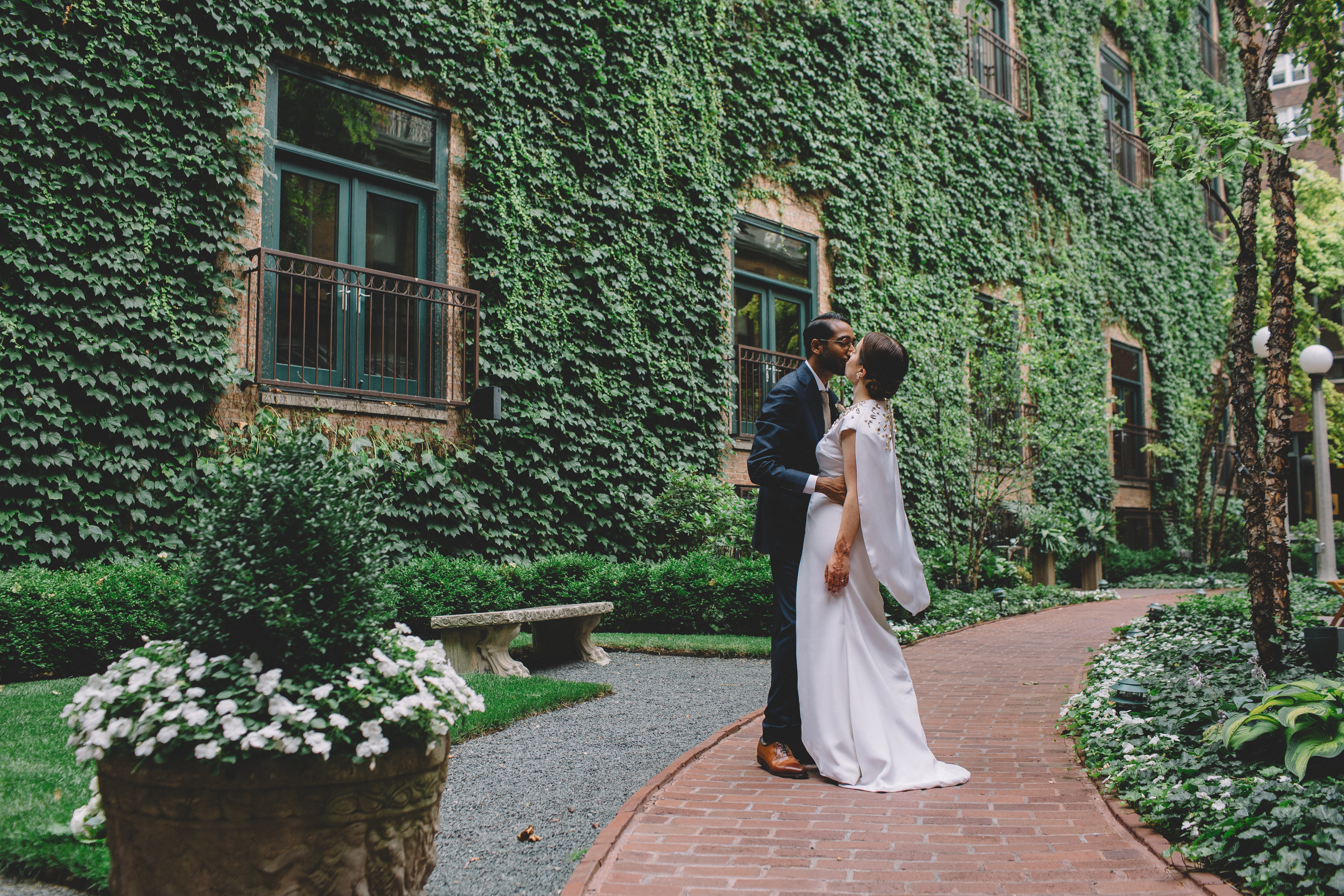 Art Deco Inspired Wedding at The Ivy Room - Wrap It Up Parties