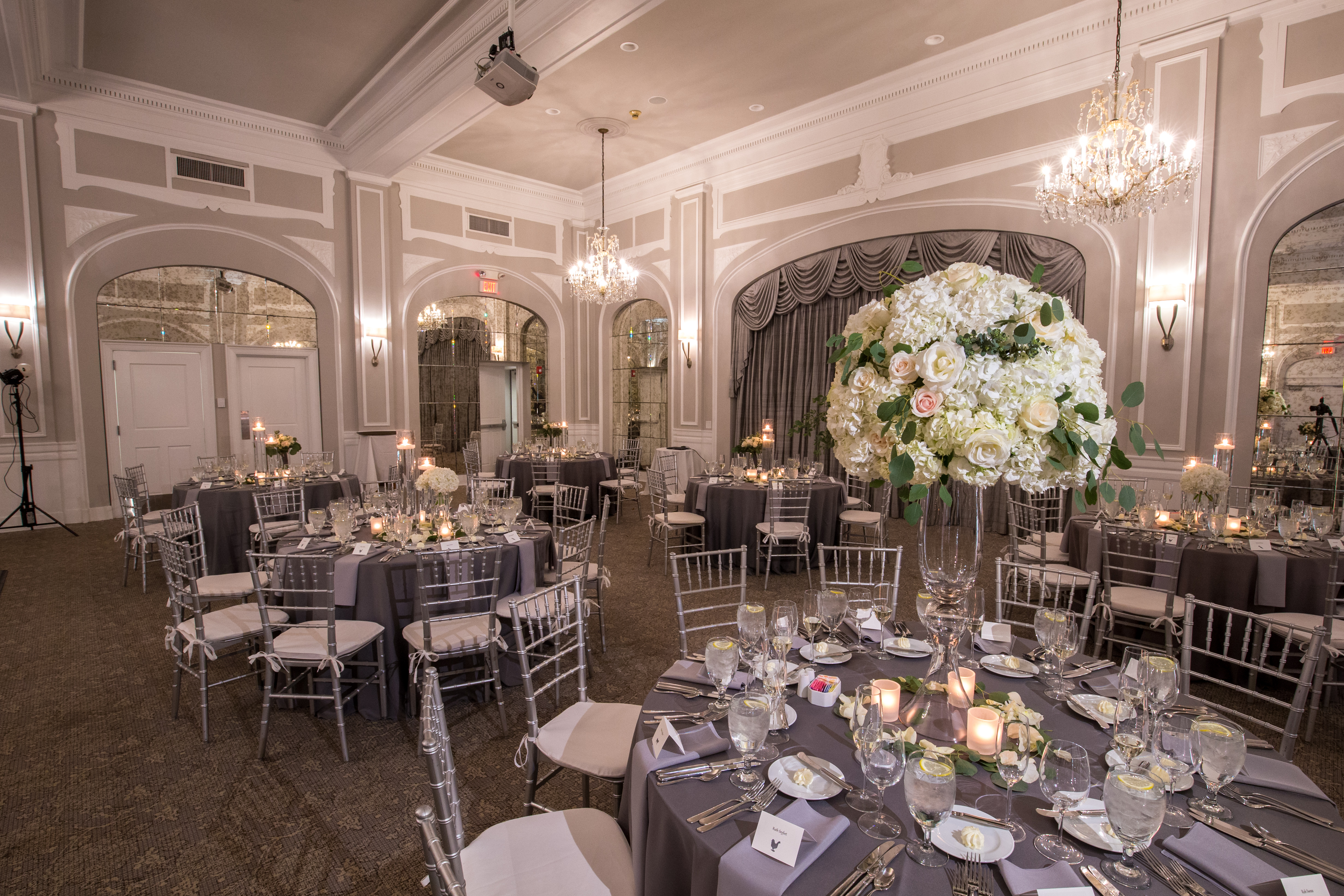 Lovely Silver Wedding at the Crystal Ballroom - LaCour Images